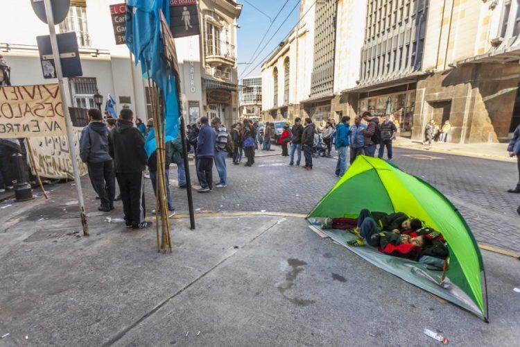 El gobierno porteño tiene que garantizar el cumplimiento del decreto que prohíbe desalojos